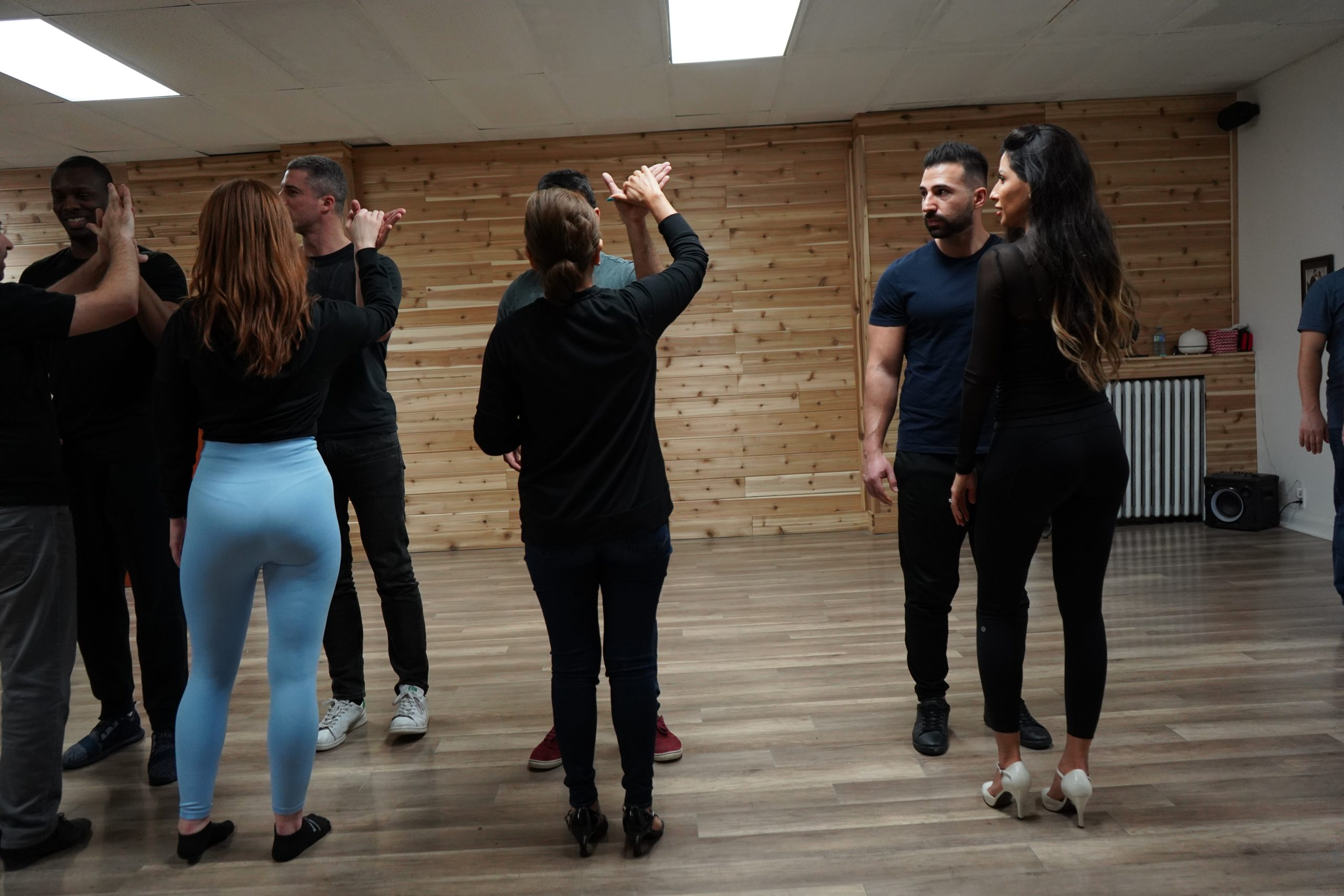 Salsa Dance Lessons For Couples